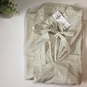 NWT Abercrombie Bow Front Blouse